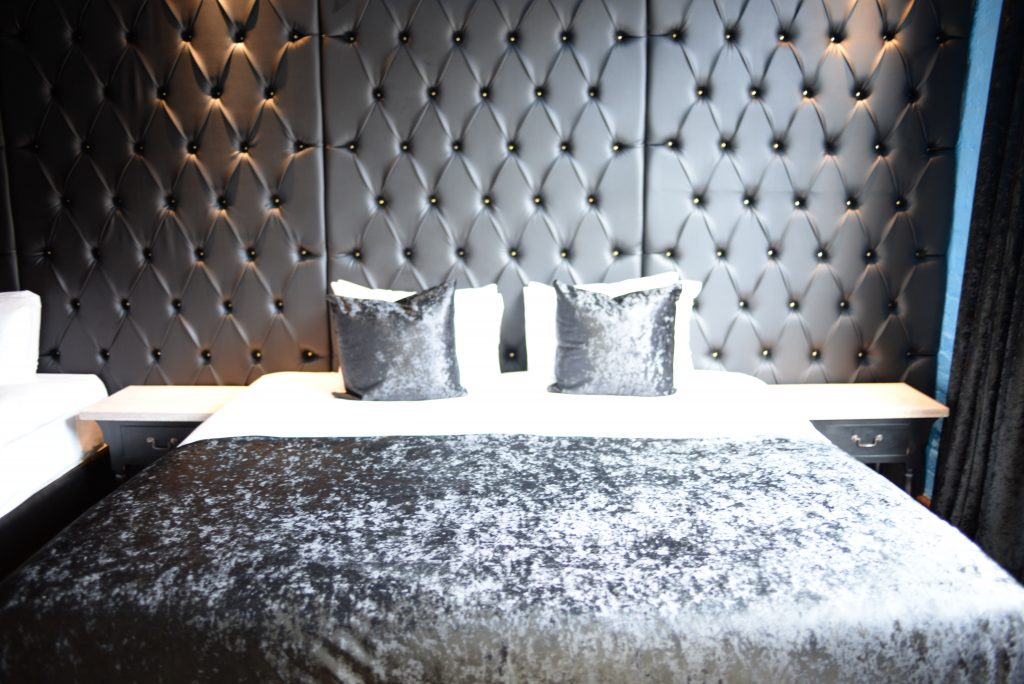 Stay and Dine at Arthouse hotel