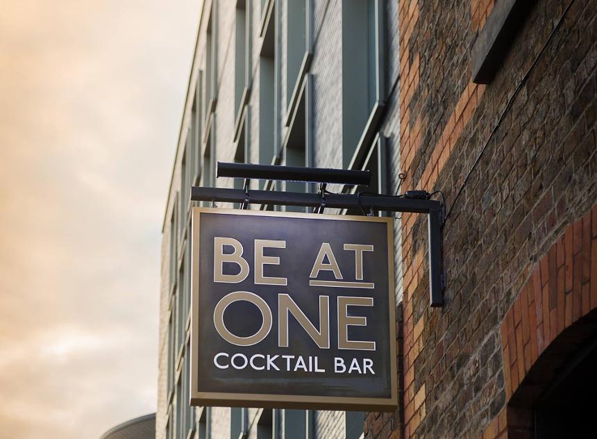 summer bars Seel Street