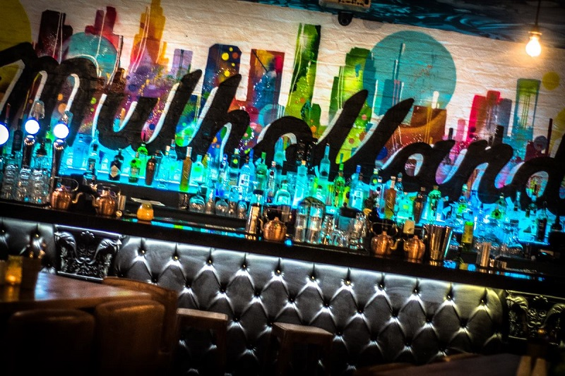 Mulholland bar
